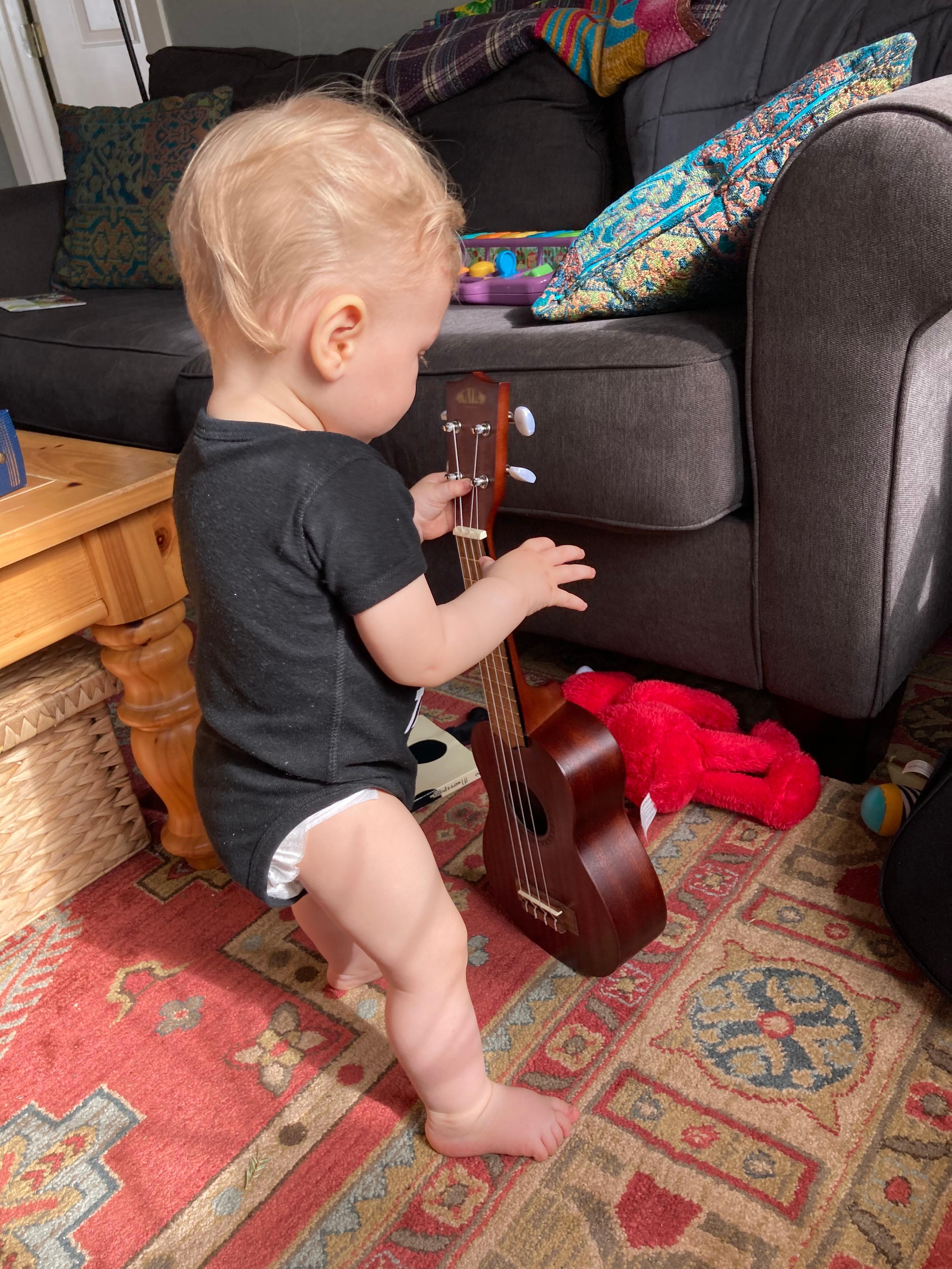 Malcolm_ukulele