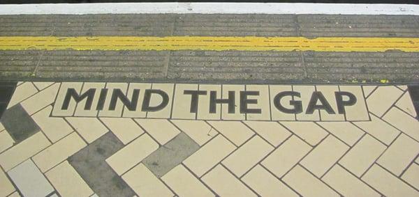 Mind-the-gap-at-train-station